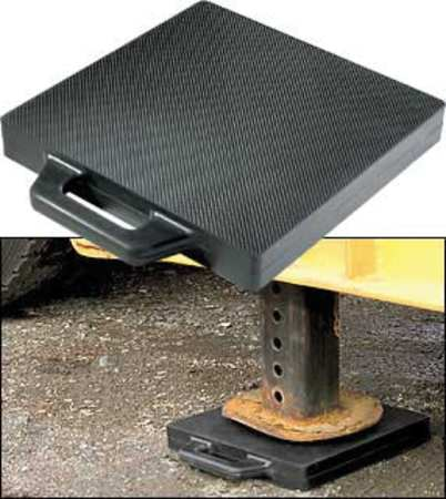 """Buyers Products Outrigger Pad 18"""" W x 18"""" L,  Rubber OP18X18R"""